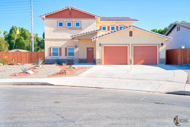 1084 Ridge Park Dr, Brawley, CA 92227 (MLS #19432608IC) :: DMA Real Estate