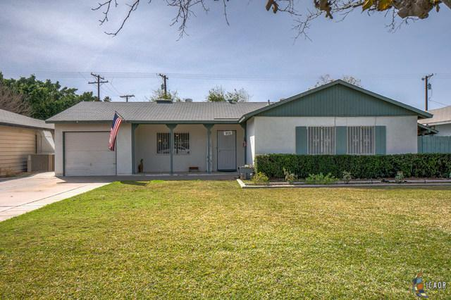 312 W D St, Brawley, CA 92227 (MLS #19440680IC) :: DMA Real Estate