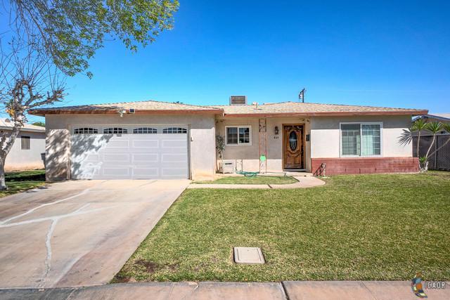 449 W A St, Brawley, CA 92227 (MLS #19445194IC) :: DMA Real Estate