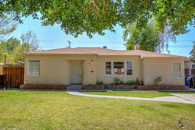124 W J St, Brawley, CA 92227 (MLS #19447984IC) :: DMA Real Estate