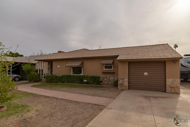 660 Fern Ave, Holtville, CA 92250 (MLS #19449262IC) :: DMA Real Estate