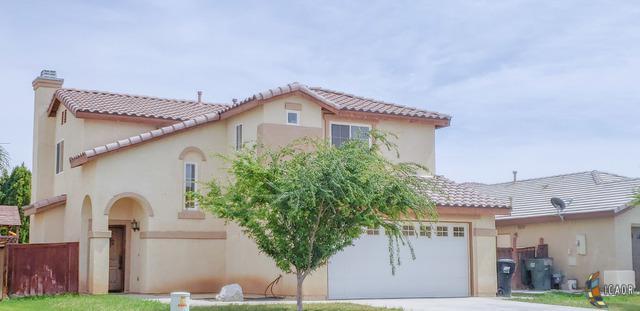 2310 Montecito Ave, Imperial, CA 92243 (MLS #19452056IC) :: DMA Real Estate