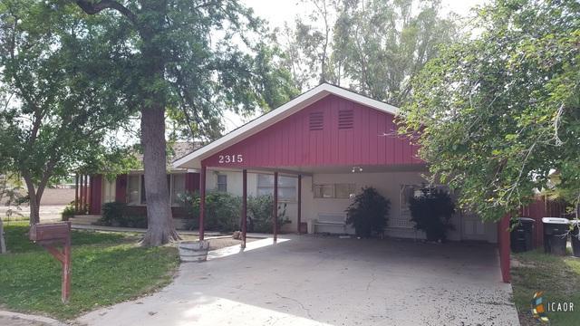 2315 Orange Ave, Holtville, CA 92250 (MLS #19453780IC) :: DMA Real Estate