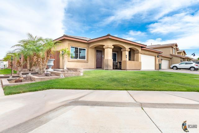 2458 La Guardia Ave, Imperial, CA 92251 (MLS #19454684IC) :: DMA Real Estate