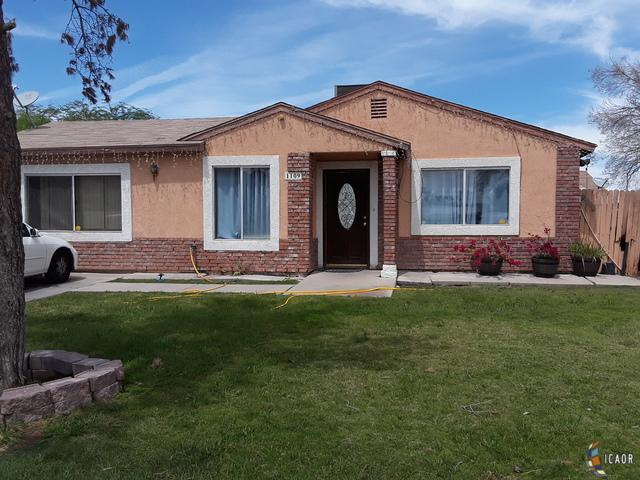 1109 E 2ND St, Calexico, CA 92231 (MLS #19455144IC) :: DMA Real Estate