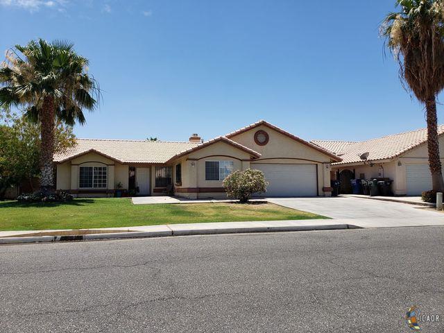 1130 Holdridge St, Calexico, CA 92231 (MLS #19479182IC) :: DMA Real Estate