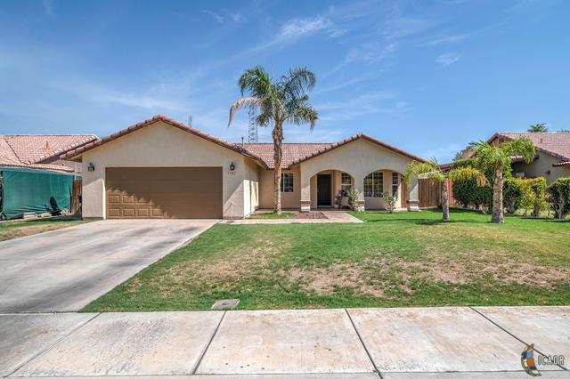 1161 Santa Fe Dr, Calexico, CA 92231 (MLS #19497426IC) :: DMA Real Estate