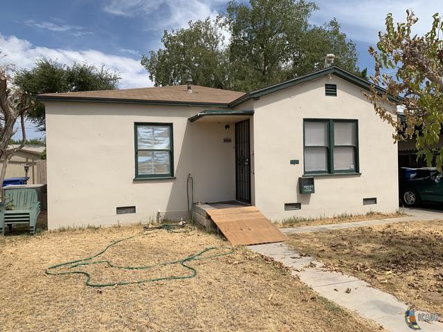 672 S 2ND St, Brawley, CA 92227 (MLS #19497550IC) :: DMA Real Estate