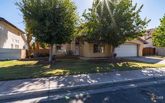 1240 Fiesta Ave, Calexico, CA 92231 (MLS #19518356IC) :: DMA Real Estate