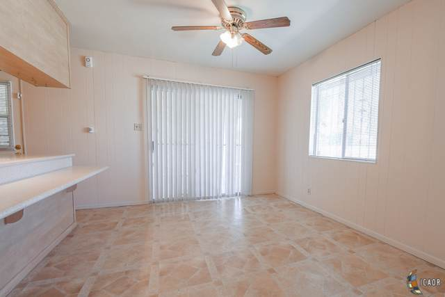 321 W A St, Brawley, CA 92227 (MLS #19520678IC) :: DMA Real Estate