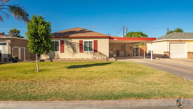 461 W D St, Brawley, CA 92227 (MLS #19524950IC) :: DMA Real Estate