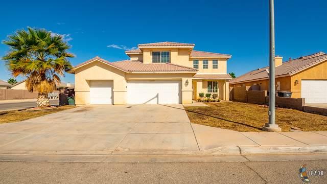 218 Mazatlan Dr, Imperial, CA 92251 (MLS #19526830IC) :: DMA Real Estate