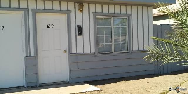1201 Adams Ave - Photo 1