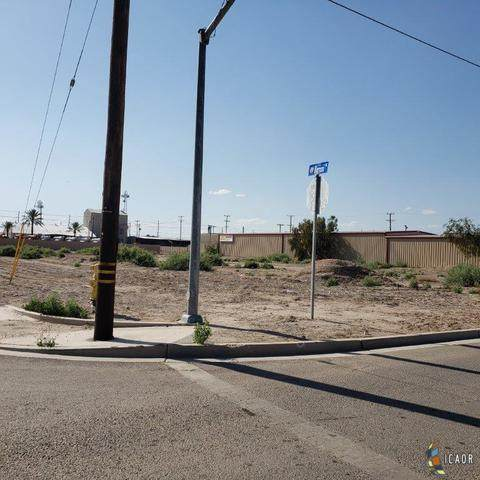 713 E Main 8Th St, Imperial, CA 92251 (MLS #20569036IC) :: Duflock & Associates Real Estate Inc.