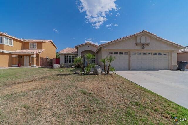 673 Sequoia St, Imperial, CA 92251 (MLS #20583378IC) :: DMA Real Estate