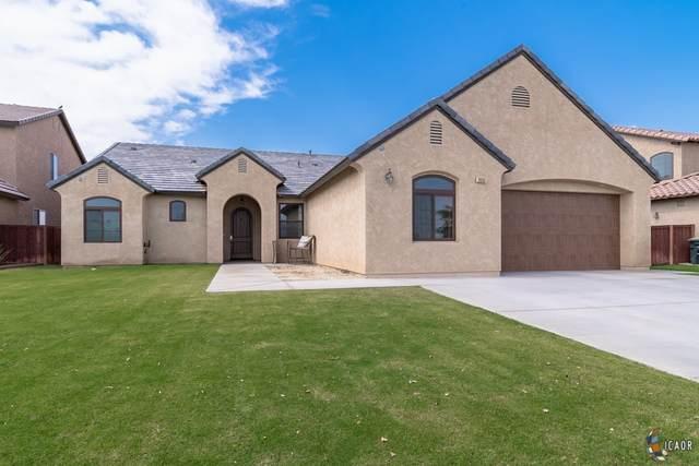 2033 Chaparral Dr, El Centro, CA 92243 (MLS #20585556IC) :: DMA Real Estate