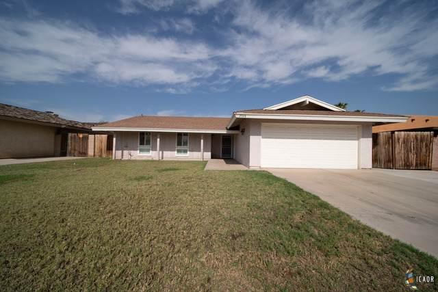 2028 Willow Dr, El Centro, CA 92243 (MLS #20586186IC) :: DMA Real Estate