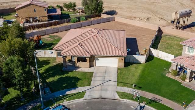1518 Farmer Dr, El Centro, CA 92243 (MLS #20604790IC) :: DMA Real Estate