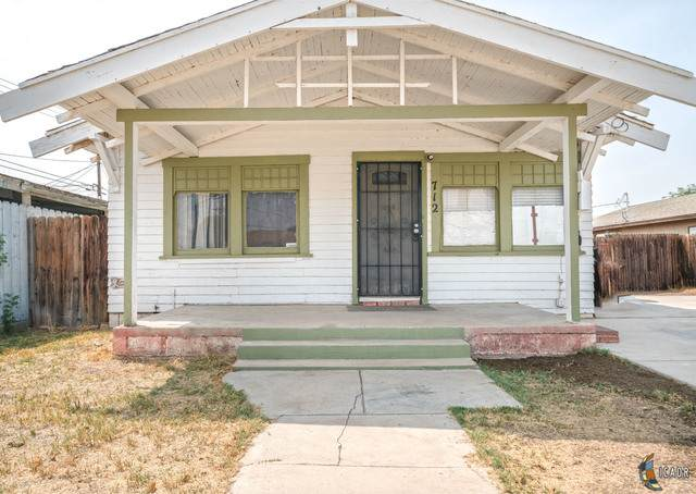 712 S 5Th St, El Centro, CA 92243 (MLS #20628682IC) :: DMA Real Estate