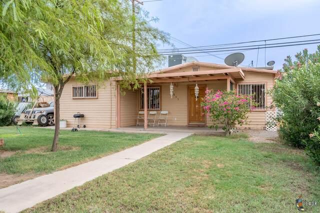 855 El Centro Ave, El Centro, CA 92243 (MLS #20636502IC) :: DMA Real Estate