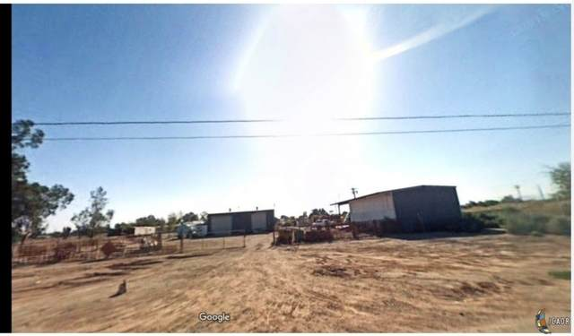 1585 E Thiesen Rd, Holtville, CA 92250 (MLS #20639458IC) :: DMA Real Estate