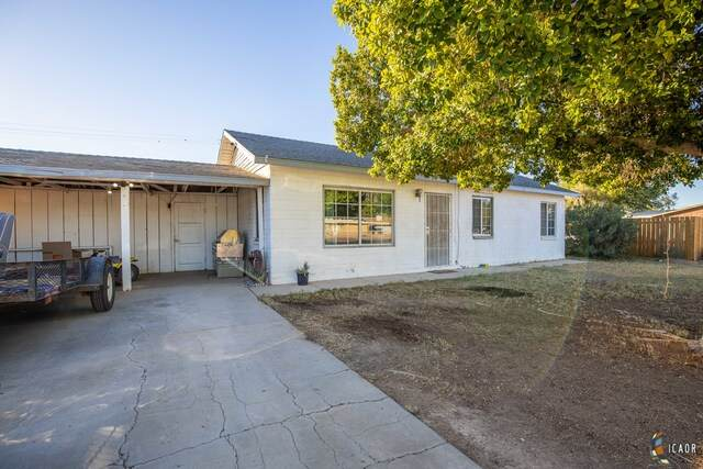 2311 Cedar Ave, Holtville, CA 92250 (MLS #20660204IC) :: DMA Real Estate