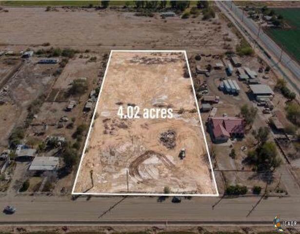 17 E Cruickshank Rd, El Centro, CA 92243 (MLS #21700340IC) :: DMA Real Estate