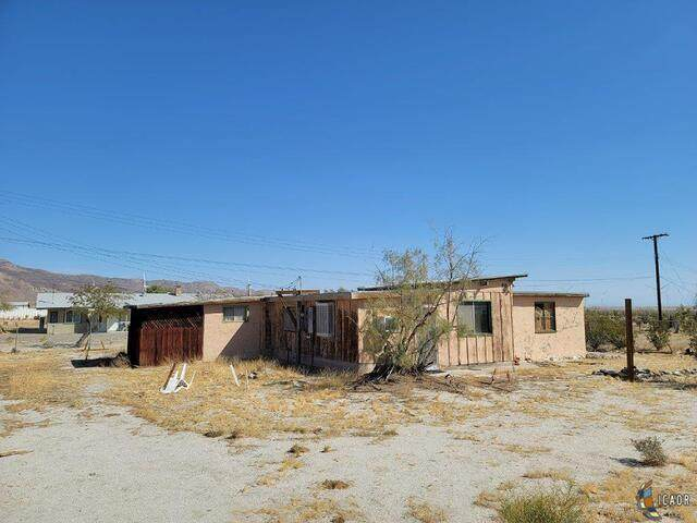 90 W Imperial Hwy, Ocotillo, CA 92259 (MLS #21706718IC) :: Duflock & Associates Real Estate Inc.