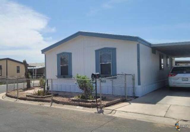 1855 W. Lincoln, El Centro, CA 92243 (MLS #21718302IC) :: Duflock & Associates Real Estate Inc.