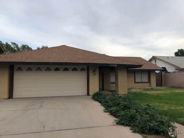 1750 Desert Gardens Dr, El Centro, CA 92243 (MLS #21720092IC) :: Duflock & Associates Real Estate Inc.