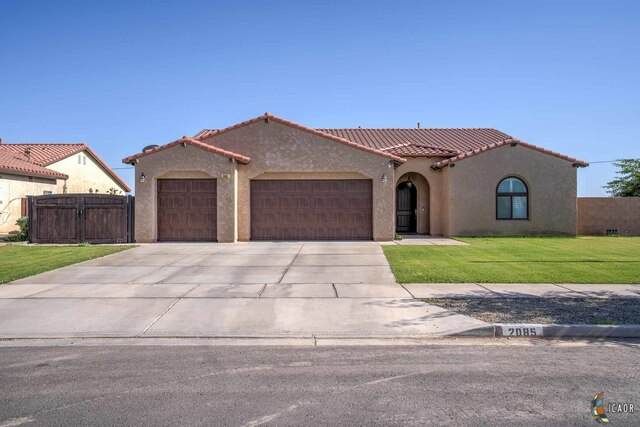 2085 Chaparral Dr, El Centro, CA 92243 (MLS #21730782IC) :: Duflock & Associates Real Estate Inc.