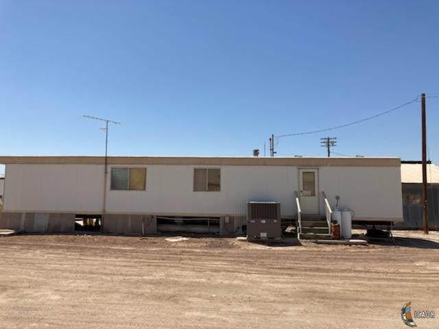 751 E Main St, El Centro, CA 92243 (MLS #21731336IC) :: Duflock & Associates Real Estate Inc.