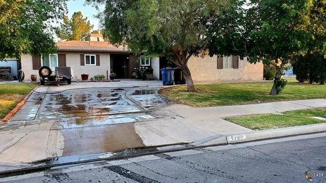 1729 Smoketree Dr, El Centro, CA 92243 (MLS #21733884IC) :: DMA Real Estate