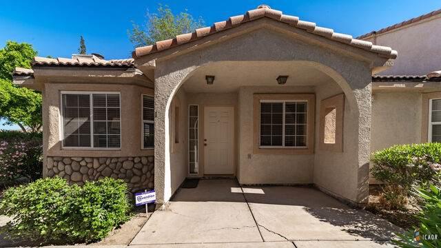 1110 Rosas St #1, Calexico, CA 92231 (MLS #21735682IC) :: Capital Real Estate