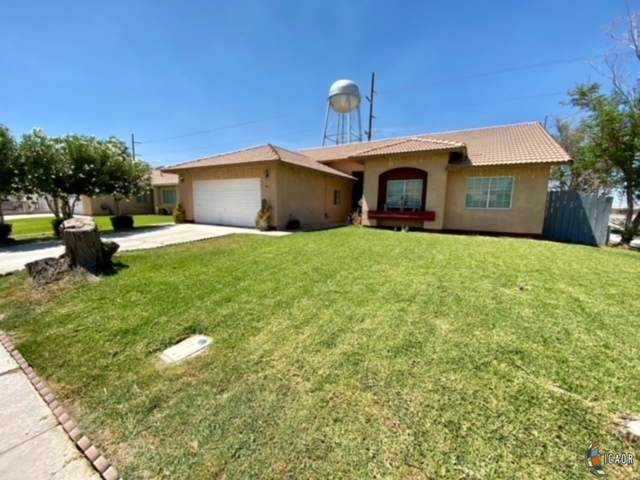 441 Sunset Dr, Imperial, CA 92251 (MLS #21738952IC) :: Capital Real Estate
