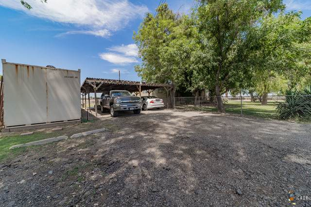 2053 E Us Highway 115, Holtville, CA 92250 (MLS #21748976IC) :: Capital Real Estate