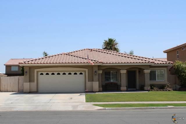 1727 Farmer Dr, El Centro, CA 92243 (MLS #21751190IC) :: Capital Real Estate