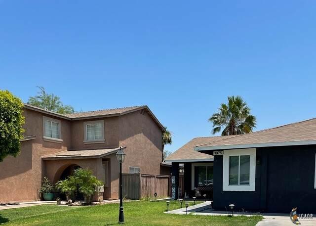 1975 Combs Way, El Centro, CA 92243 (MLS #21751284IC) :: DMA Real Estate