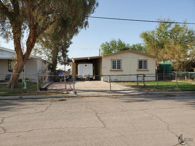 1882 W Main St, Seeley, CA 92273 (MLS #21761244IC) :: DMA Real Estate