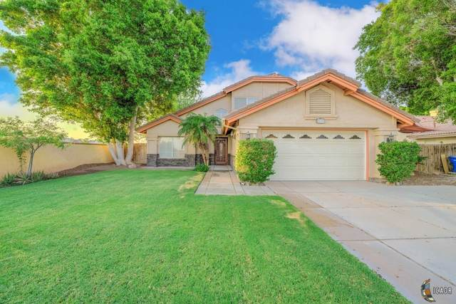 2590 Ross Ave, El Centro, CA 92243 (MLS #21762782IC) :: DMA Real Estate