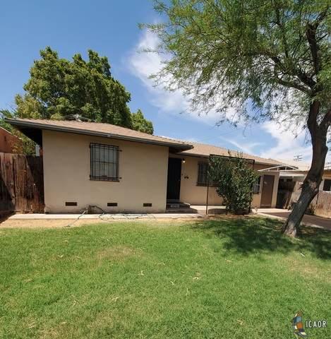 762 El Centro Ave, El Centro, CA 92243 (MLS #21763544IC) :: DMA Real Estate