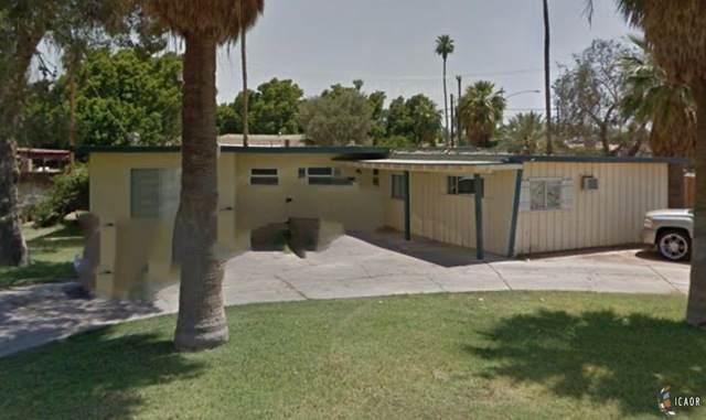 402 Clarke St, Calexico, CA 92231 (MLS #21763850IC) :: Duflock & Associates Real Estate Inc.