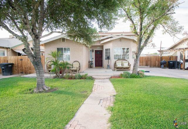 1434 W Olive Ave, El Centro, CA 92243 (MLS #21764404IC) :: Duflock & Associates Real Estate Inc.