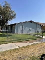 570 W Brighton Ave, El Centro, CA 92243 (MLS #21788270IC) :: Duflock & Associates Real Estate Inc.
