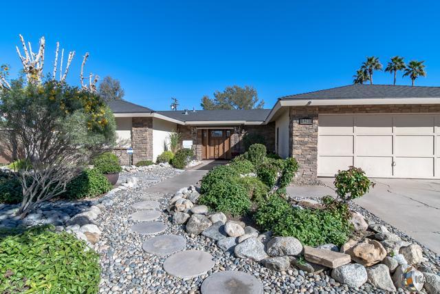 1280 Westwind Dr, El Centro, CA 92243 (MLS #19435402IC) :: DMA Real Estate