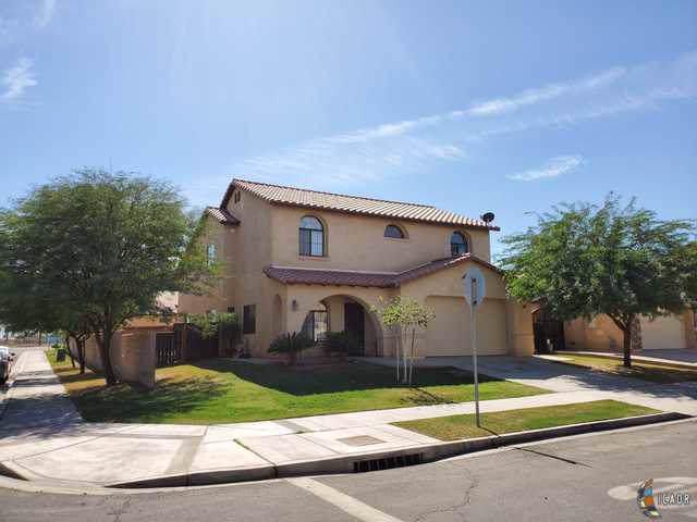 1203 Jacaranda Dr, El Centro, CA 92231 (MLS #19520856IC) :: DMA Real Estate