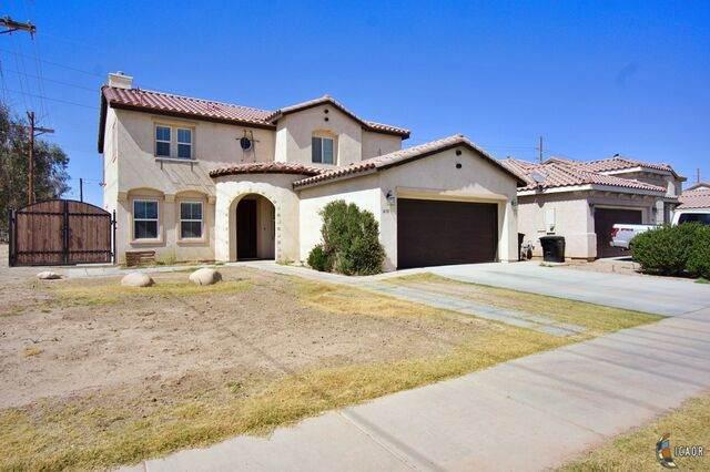 1498 Manuel A Ortiz Ave, El Centro, CA 92243 (MLS #21728274IC) :: Duflock & Associates Real Estate Inc.