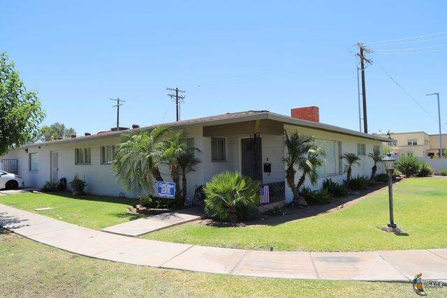 1205 Ross Ave - Photo 1