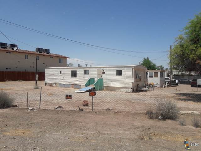1907 Imperial Ave, Seeley, CA 92273 (MLS #21762212IC) :: DMA Real Estate