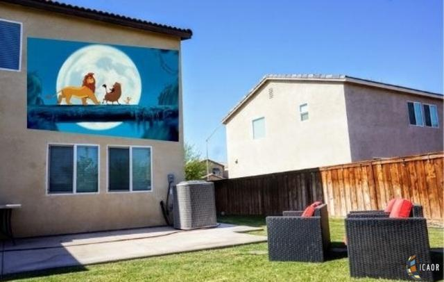 279 W Puerto Escondido Dr, Imperial, CA 92251 (MLS #19472288IC) :: DMA Real Estate